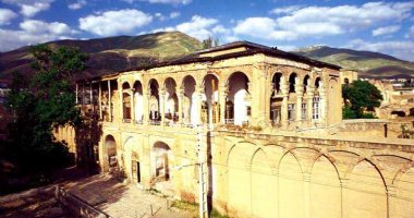 More information about Khosrow Abad Edifice