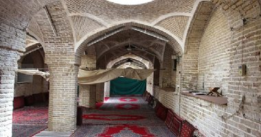 More information about Sorkh Mosque