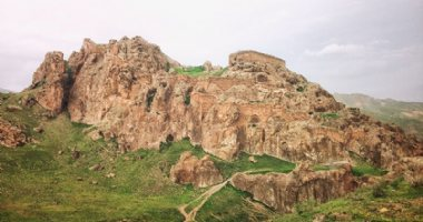 More information about Dokhtar Castle (Qiz Qalasi) in Mianeh