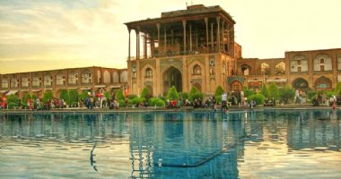 More information about Ali Qapoo Edifice in Isfahan