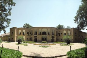 Akbarieh Historical Garden, Mansion and Museum