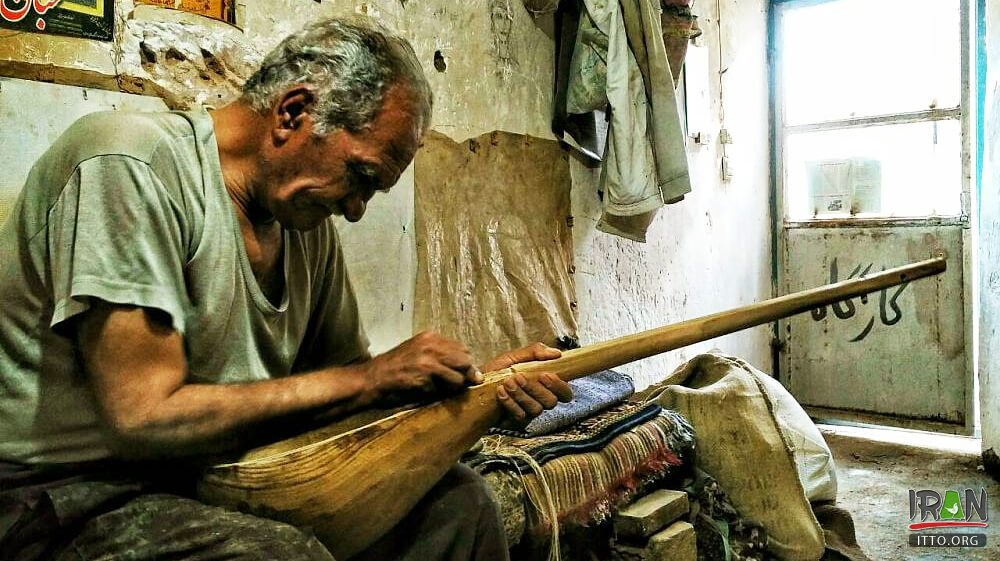 Iranian music instrument Dutar registered on UNESCO Heritage List