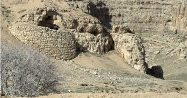 More information about Qasre Abunasr