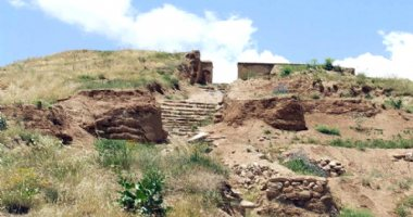 More information about Zivieh Archaeological Hill (Ziviyeh Castle)