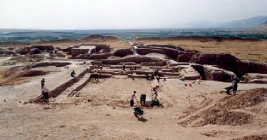 More information about Shami Historical Graveyard in Izeh (Eazeh)