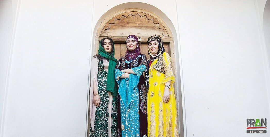 The first regional festival and exhibition of Kurdish Fashion and Traditional Clothing has been held in Khosro-Abad Mansion of Sanandaj - Kurdistan province