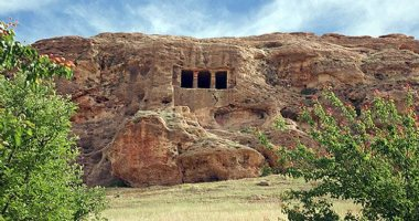 More information about The rock tomb of Fakhrigah
