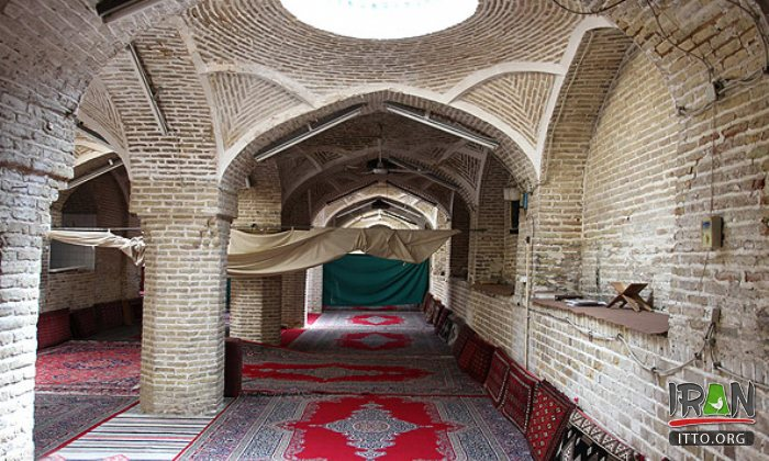Sorkh Mosque