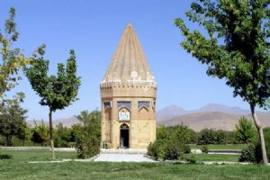 Tomb of Hayaquq the Prophet - Hamedan