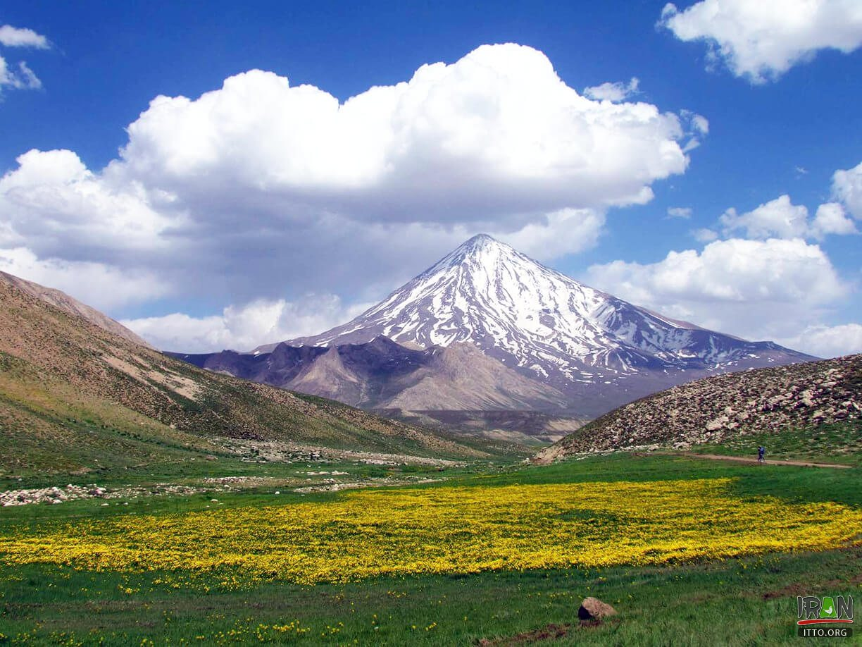 Damavand Summit,Kuh-e Damavand,damavand mountain,kuhedamavand,kuh damavand,koh damavand,kooh damavand,koohe damavand,kouhe damavand,kohe damavand,کوه دماوند,قله دماوند,damavand mountain,damaavand,damaavand summit