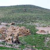 Hileh var caved village near Osku