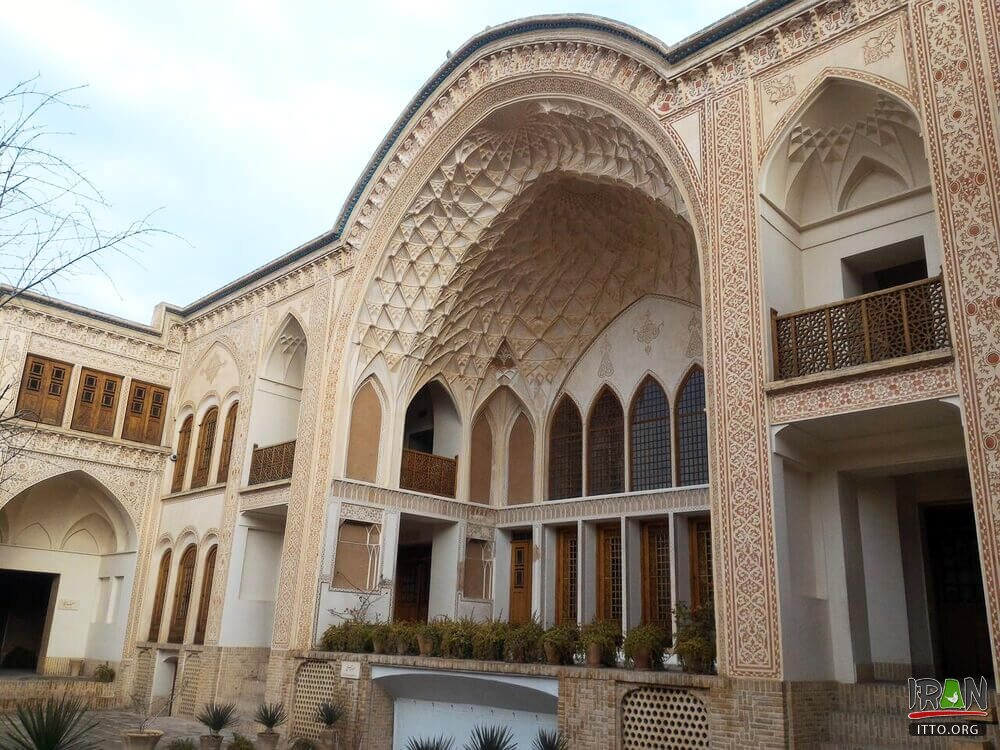 Ameris' historical house,Ameri House,Saraye Ameriha Boutique Hotel,خانه تاریخی کاشان,ameri historic house,isfahan province,استان اصفهان,kashon,kashun,kashaan,کاشون,sarayeameri,ameriha house,ameriha,ameris mansion,ameri house,traditional house in kashan,kashan traditional houses