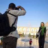 Toursts in Naghsh-e Jahan : Isfahan