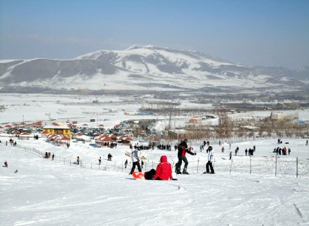 Payam Ski Resort (Yam) near Marand